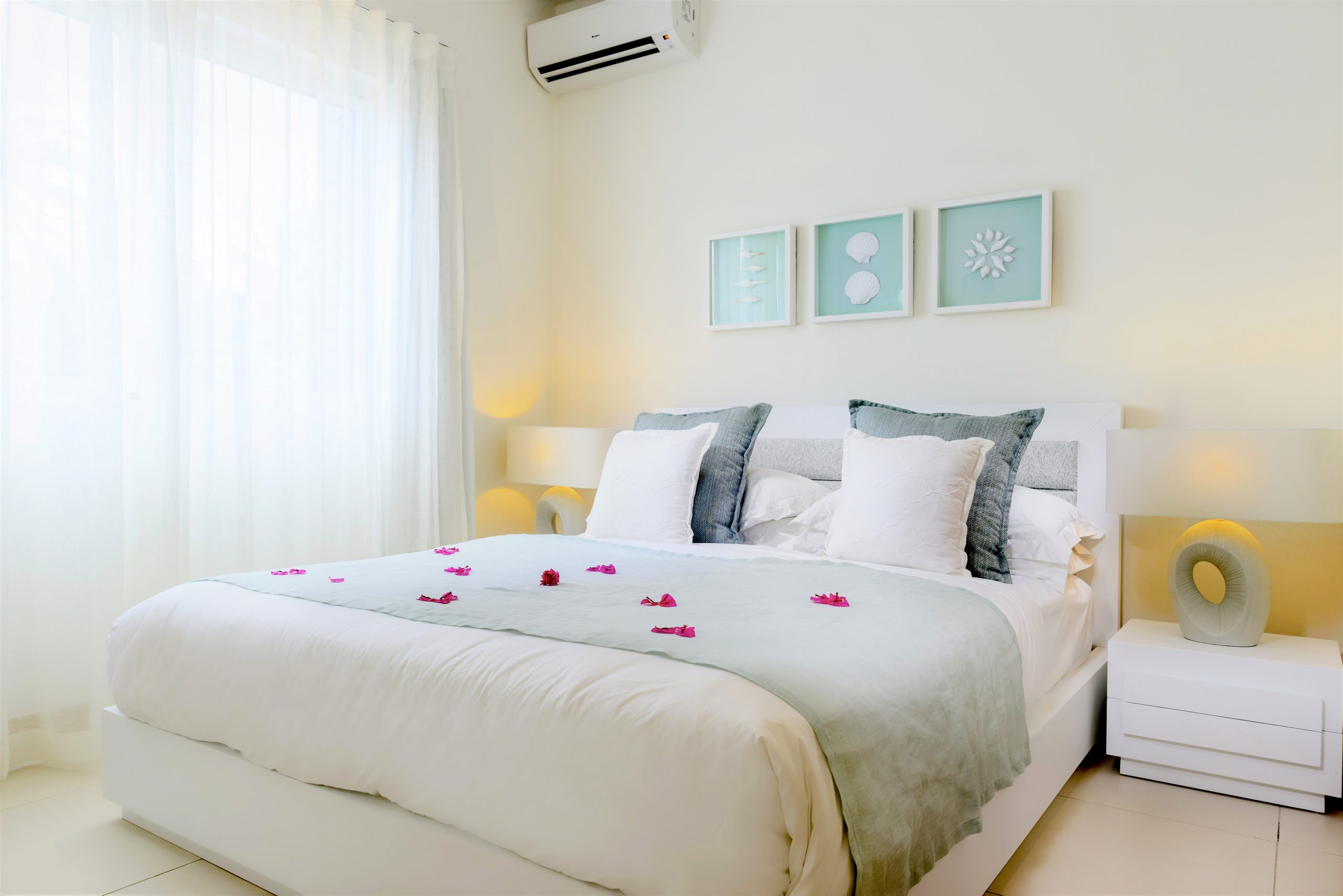 Myra-Seafront-Suites-Penthouses-SUITE-Bedroom-4-scaled.jpg