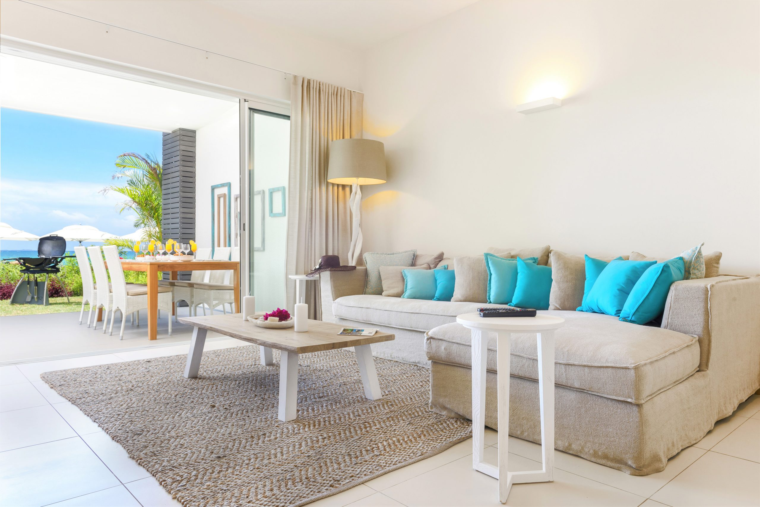 Myra-Seafront-Suites-Penthouses-SUITE-Lounge-area-scaled.jpg